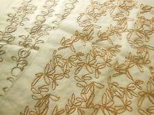 C2 duo coupons de tissu rebrodé patchwork 49 cm sur 37 cm brise bise set table