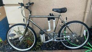 """Vintage Schwinn Sierra Mountain Bike Grey metalic color way 26"""""""