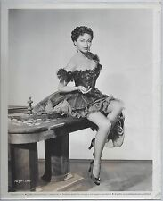 RARE VINTAGE ORIGINAL 1952 8x10 B&W PHOTO YVONNE DE CARLO UNIVERSAL PICTURES