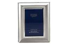 "A photo frame and photo holder Shudehill Giftware 4"" x 6"" 10 x 15 cm"