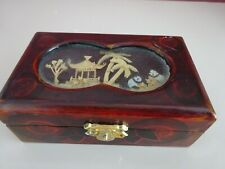 CHINESE WOODEN BOX WITH BAMBOO FIGURES ENCASED IN  THE LID -RED LINING (CHA)