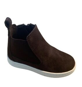 BNIB Clarks Boys Toddler Street Chelsea Brown Suede Boots F/G Fitting