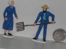 Lot of Vtg. Amish / Mennonite Plastic Figures