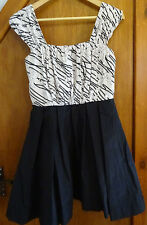 Mela Loves London Monochrome Dress M