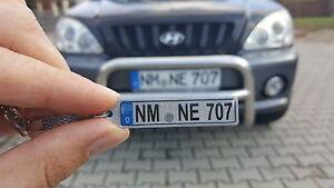 Schlüsselanhänger in Silber mit KFZ-Kennzeichen für Ihr Auto