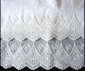 2 Pillowcases New Embroidered Lace Cotton Sateen Standard Queen King White M6#