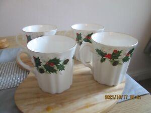Set of 4 Royal Grafton Porcelain Noel Pattern Holly Fluted Christmas Mugs