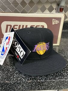 Vintage LOS ANGELES LAKERS NEW ERA PRO MODEL FITTED HAT CAP NBA 7 1/8 Champions