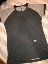 Women's Adidas Oversized T-Shirt Gray Mesh Roll Sleeves Pocket D2