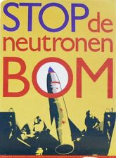 [Jeroen de Vries] POSTER: STOP DE NEUTRONENBOM 1st ed [1977] Nuclear disarmament