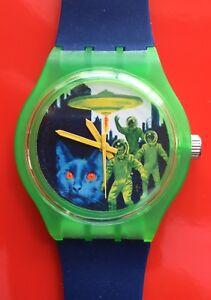 Cat Kitten Alien watch - Retro 80s designer watch