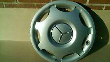 Mercedes  Wheel trim 2034010024