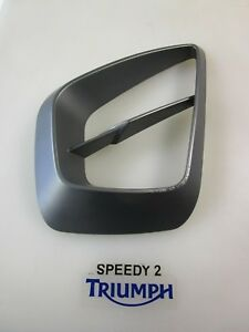 TRIUMPH TROPHY 1215 & SE COOLING DUCT FINISHER INFILL PANEL RIGHT T2302874 LS