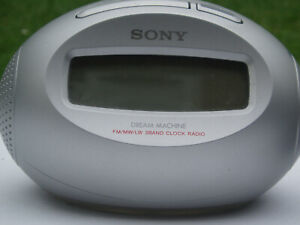Sony Dream Machine LW/MW/SW clock radio