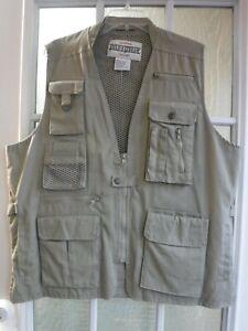 Field & Stream Beige Fishing&Hunting Vest Men's L ~NWOT~