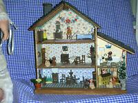 Puppenhaus für grosse Puppenkinder/ Mini-Friesenhaus eingerichtet/  Catrichen