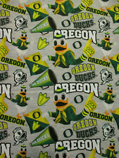 Oregon University Ducks NCAA Hoops Cotton Fabric 45/'/' width Sold by The Yard