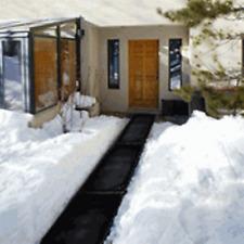 "HeatTrak HR20-60 Residential Snow-Melting Walkway Mat 20"" x 60""(5') w/power unit"