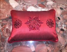 NWT Kim Seybert Neiman Marcus Christmas Snowflake Red Beaded Throw Pillows 12x16