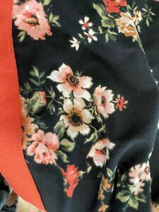 Medium LuLaRoe Jax Black Floral  - Great For Fall