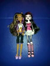 Monster High dolls - Draculaura and Clawdeen