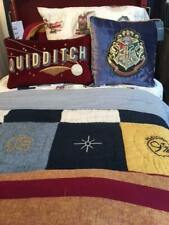 POTTERY BARN KIDS HARRY POTTER HOGWARTS Crest & QUIDDITCH Pillow Set/2 Christmas