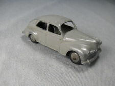 DINKY TOY Ancienne Peugeot 203 MECCANO petite lunette
