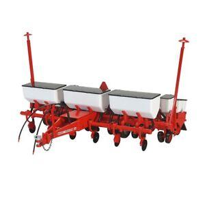 1/16 High Detail Massey Ferguson 640 Planter SCT761