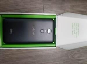 LG Fortune 2 16GB 5in. (Cricket) Titan Black Good Condition