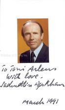 PRINCE SADRUDDIN AGA KHAN (PAKISTAN) - INSCRIBED PHOTOGRAPH MOUNT SIGNED 3/1991