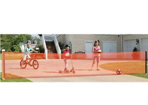 Kidkusion Retractable Driveway Guard Adjustable to 25' Orange Safety Play / Work