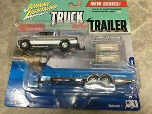 1996 Dodge Ram with trailer Johnny Lightning Truck and Trailer - Silver/White