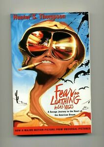 FEAR AND LOATHING IN LAS VEGAS by HUNTER S. THOMPSON / PAPERBACK BOOK / 1998
