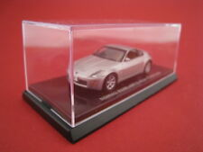 Nissan Fairlady Z Coupe in silber  Kyosho  Maßstab 1:64  OVP