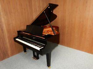 YAMAHA C3 GRAND PIANO AROUND 30 YEARS OLD. WITH 5 YEAR GUARANTEE