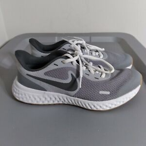 Nike Revolution 5 Youth Boys Size 4.5Y Shoes Gray/Black/White Athletic Sneakers