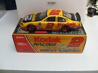 Rusty Wallace #2 2004 Dodge Intrepid Kodak Racing 1:24 Action diecast