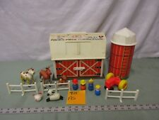 Fisher Price Little People Play Family Farm Barn 915 As Tractor Cow Horse pig