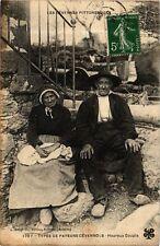 CPA  - 1707 - Types de paysans cévennols - Heureux Couple (280083)