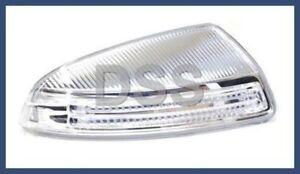 Genuine Mercedes w204 Turn Signal Light @ Mirror Housing RT Passenger 2048200821