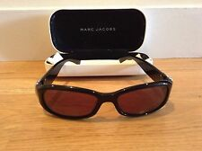 New Marc Jacobs sunglasses with case & dust cloth In Black. Made In Italy.