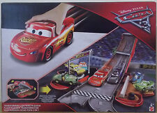 Disney Pixar Cars 3 ~ Transforming Lightning McQueen Playset