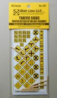 YELLOW TRAFFIC SIGNS HO SCALE TRAIN LAYOUT DIORAMA BLAIR LINE 107