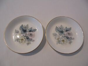 2 x ROYAL WORCESTER CHRISTMAS ROSE PIN DISHES - DIAMETER 11 cm