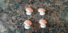 "Novelty Buttons (new) 11/16"" (4) CUTE MUSHROOMS #22"