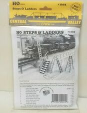 Step & Ladder Open / Closed Riser Wood  Rail Stair Central Valley 1602 Black HO