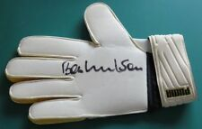 Retired Players Surname Initial W Signed Football Gloves