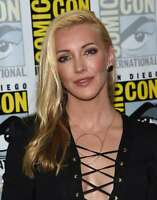 Katie Cassidy Bautiful Blond Hair 8x10 Picture Celebrity Print