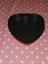 Heart shaped Cake tin 12 1/4 inch Long x 10 3/4 inch wide 1 3/4 inches depth.