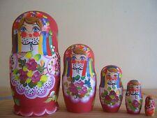 Beautiful set of 5 HAND PAINTED Wooden nesting dolls Matryoshka, new!